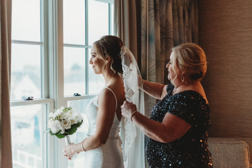 Wedding day tips from a professional photographer specializing in Philadelphia weddings