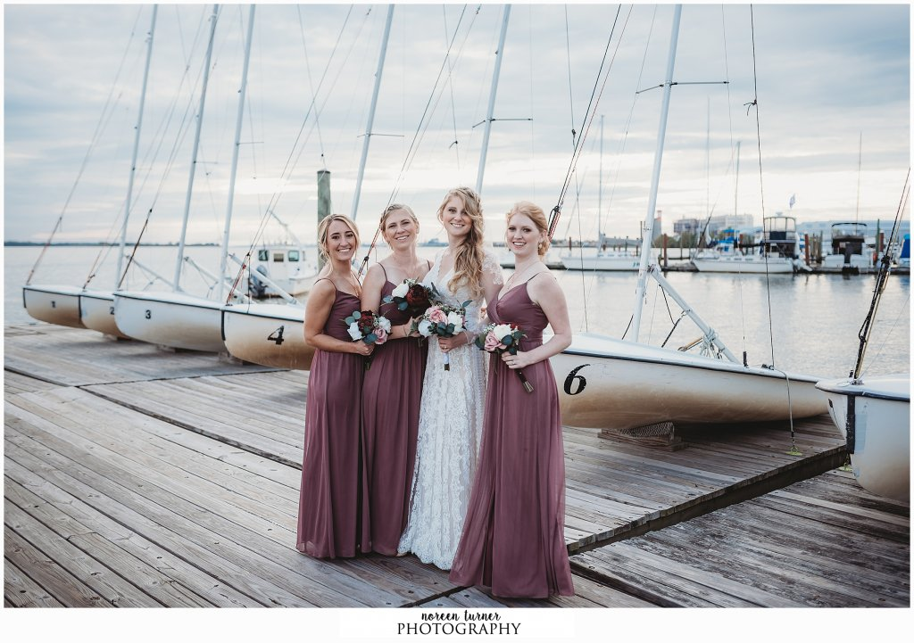 A fall Corinthian Yacht Club wedding in Philadelphia